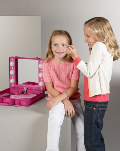 Делаем косметику  для детей