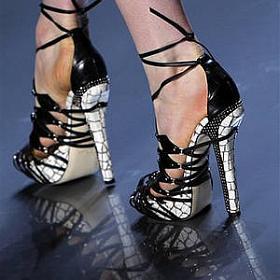 818f82405 Обувь больших и маленьких размеров в магазинах обуви нестандартных ...